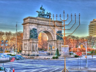 World's Largest Menorah, Grand Army Plaza,