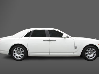 rolls-royce-ghost-left-close-door1