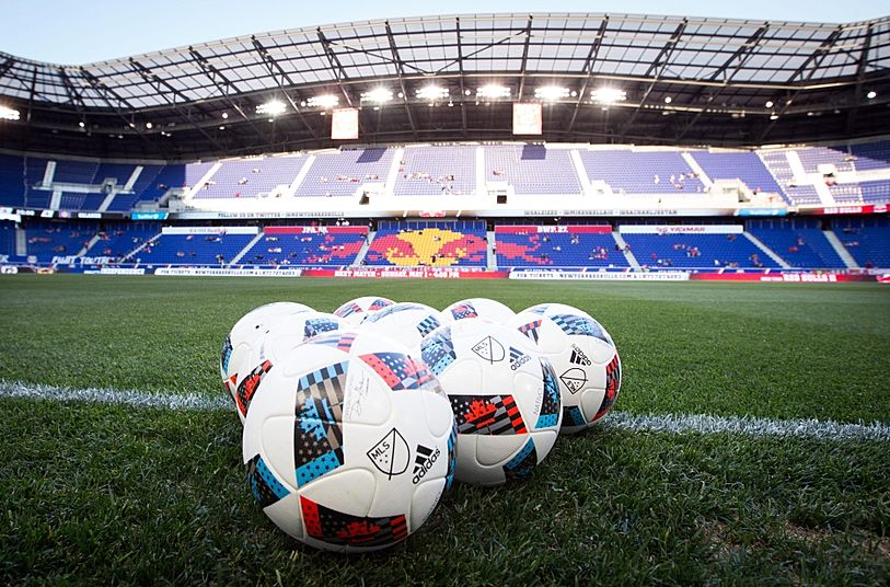 Red Bull Arena Sport limo